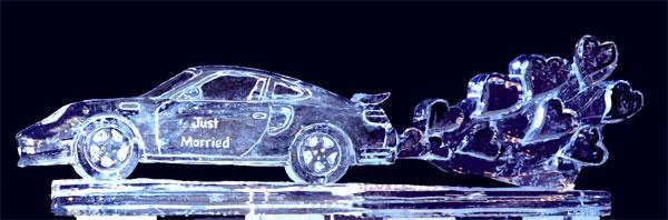 """Nghệ thuật điêu khắc """"nước đá"""" Porscheandheartslrg"""